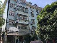 沁园小区 多层3楼 三室一厅 简装 71平方 无税 57.8万